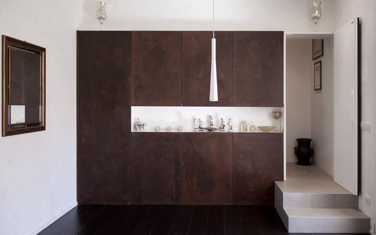 A05 | RISTRUTTURAZIONE APPARTAMENTO BOLOGNA: Case in stile  di Matteo Spattini Architetto