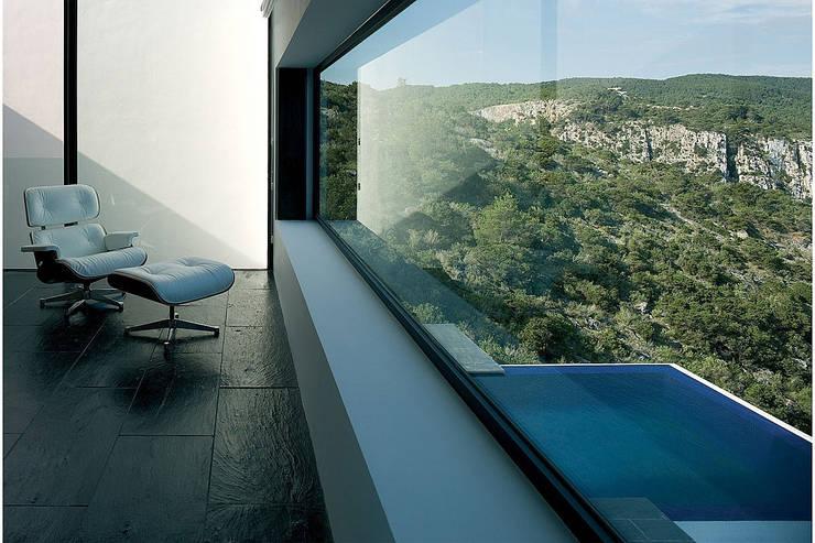 AIBS: Terrasse de style  par AABE