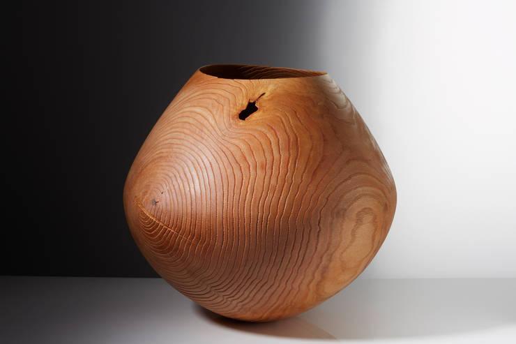 Schalen und Gefäße, Holzobjekte:   von FRIEDEMANN BUEHLER STUDIO,Klassisch