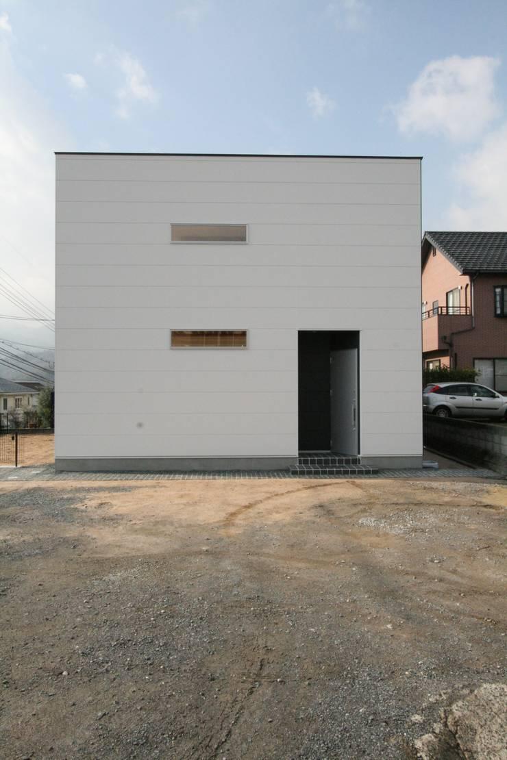 藤の木の家: CAF垂井俊郎建築設計事務所が手掛けた家です。