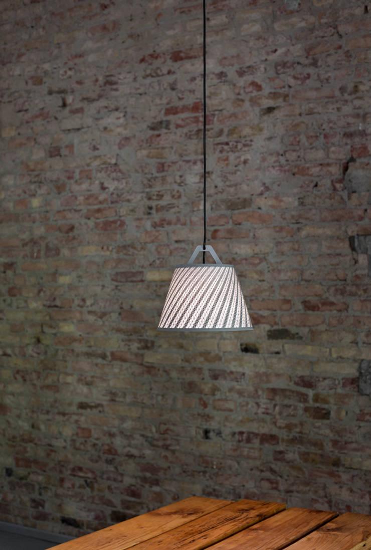 take-off light:  Wohnzimmer von fifti-fifti,
