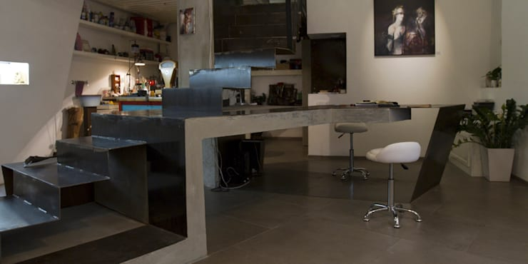 XYZ-JEWELRY STORE AND LAB Orbetello, Tuscany RENOVATION AND RESTYLING: Spazi commerciali in stile  di FPAA / Fiori Pietrapiana Architetti Associati, Industrial