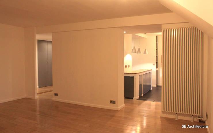 Espace de vie: Salon de style  par 3B Architecture