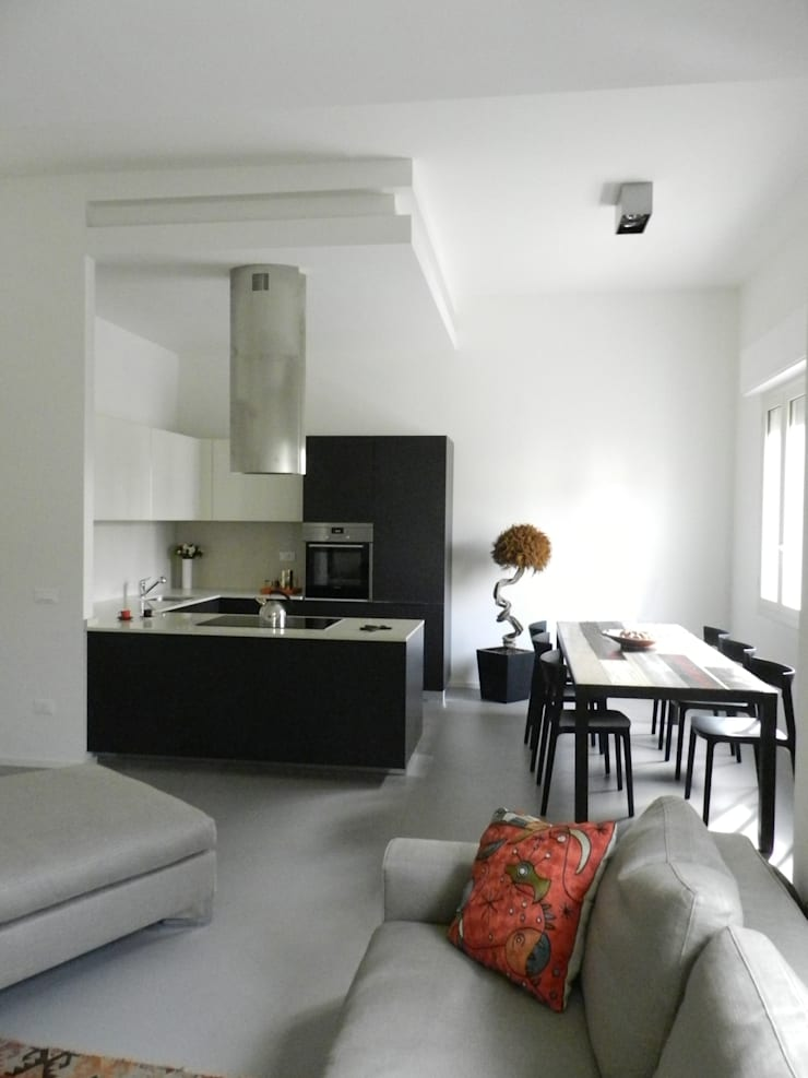M+C: L'arte dentro casa: Case in stile  di Architetto Francesco Franchini