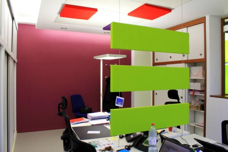 Espace de travail partagé: Bureaux de style  par 3B Architecture