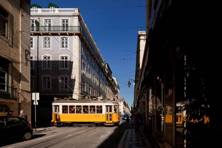 Casas de estilo  de José Adrião Arquitectos
