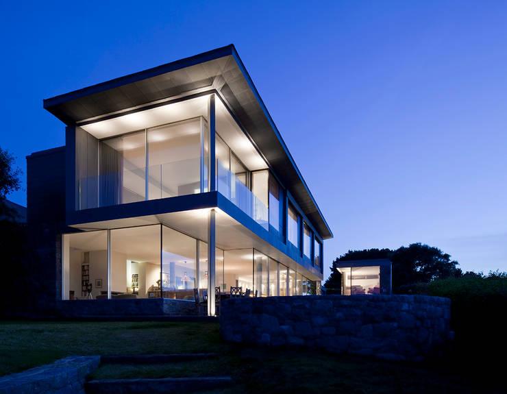Couin de Vacque:  Houses by JAMIE FALLA ARCHITECTURE