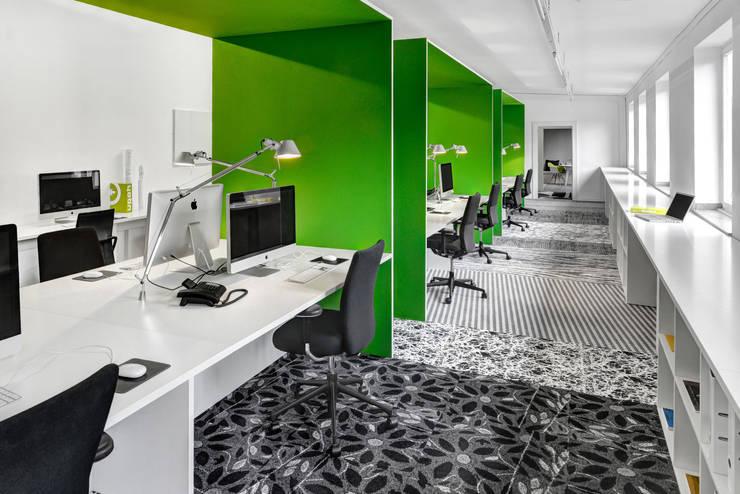kplus konzept office:  Arbeitszimmer von KPLUS KONZEPT GMBH,