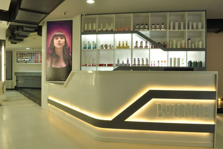 Bounce Style Lounge:  Commercial Spaces by Balan & Nambisan Architects