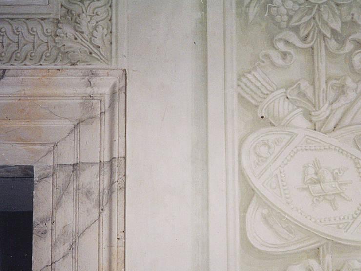 CONSOLIDAMENTO, RESTAURO E RECUPERO FUNZIONALE DI VILLA SERAFINO SALVATI :  in stile  di ARCHISAL - Studio Salmoni Architetti Associati,
