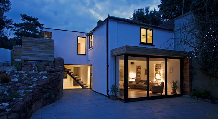 Headlands Cottage - At Night:   by Barc Architects