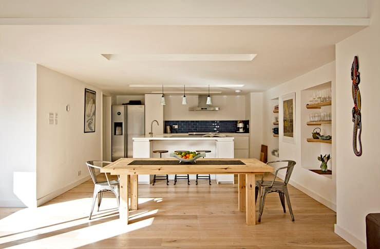 Headlands Cottage - Interior:  Kitchen by Barc Architects
