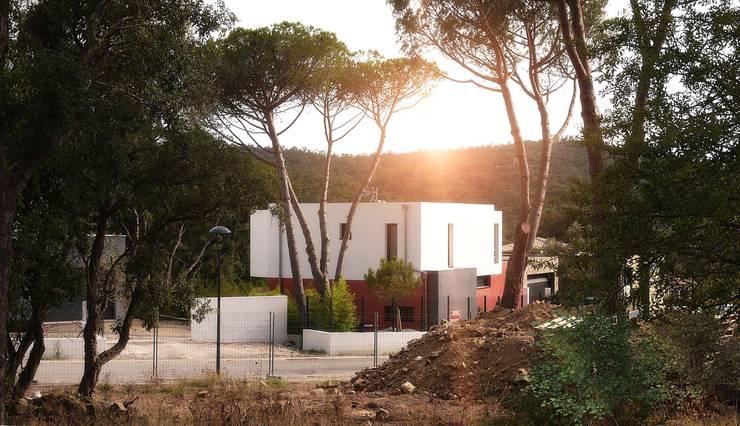 Villa F: Maisons de style de style Moderne par Atelier-RS Architecture