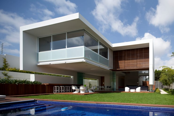 FF HOUSE: Jardines de estilo  por Hernandez Silva Arquitectos