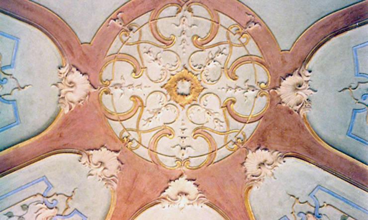 Polo Museale di Villa Serra - Parchi di Nervi: Musei in stile  di INDUSTRIA DELL'ARTE