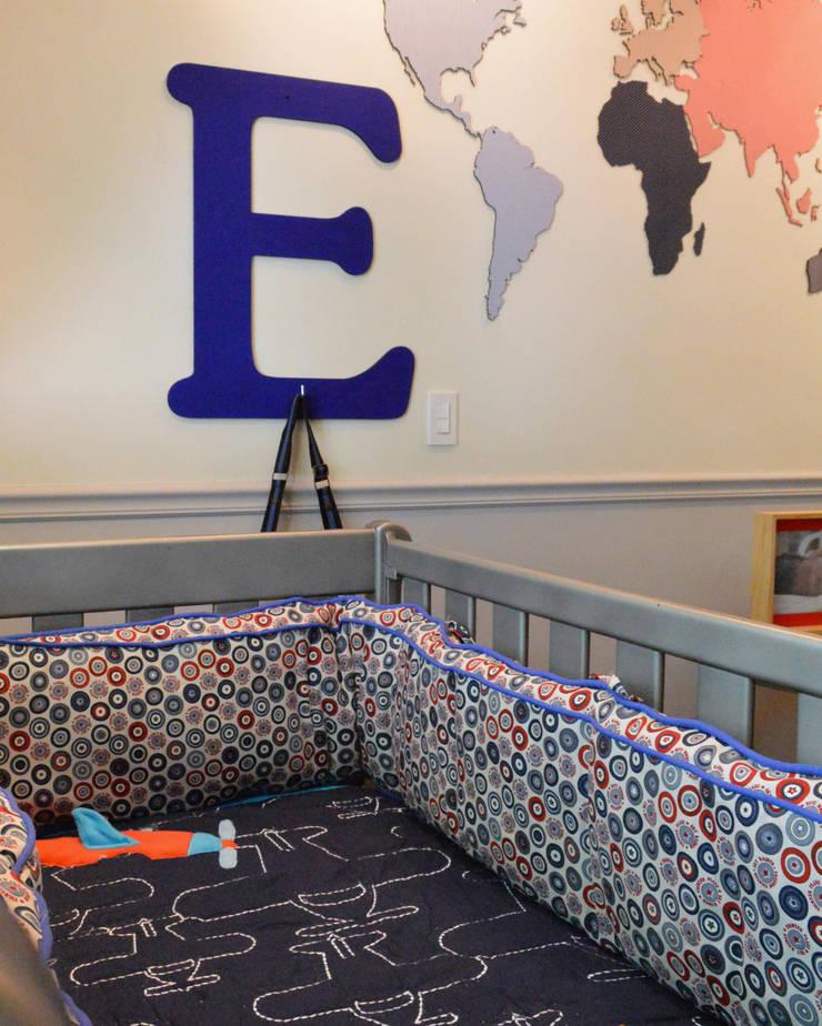 Bumper y edredón : Habitaciones infantiles de estilo  por Palmira design