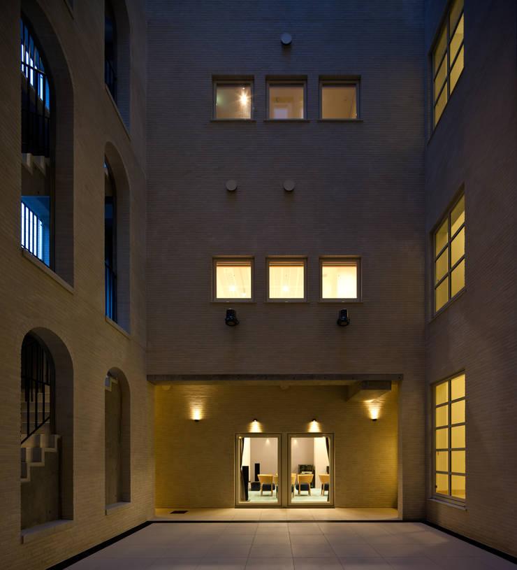 Houses by 一粒社ヴォーリズ建築事務所, Classic