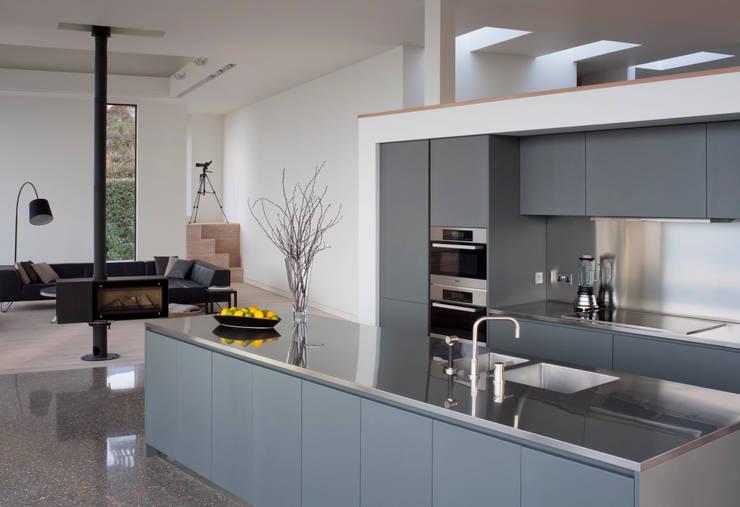 moderne Keuken door JAMIE FALLA ARCHITECTURE