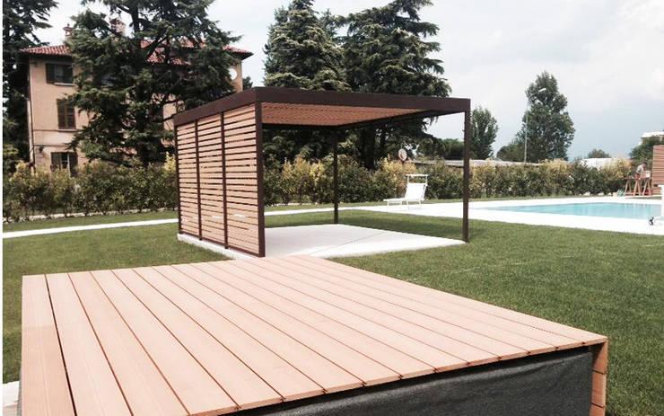 Progettazione e realizzazione struttura outdoor: Giardino in stile in stile Minimalista di Entrata Libera 48