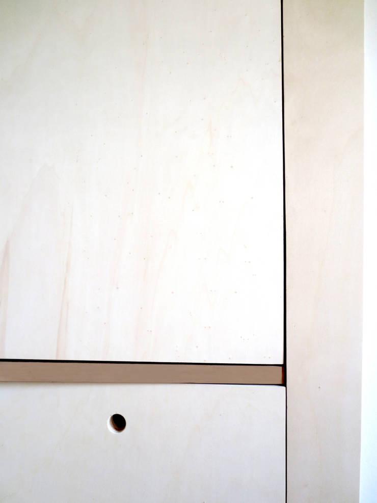 Maremeet – Canon de lumière: Salon de style  par Atelier Hô