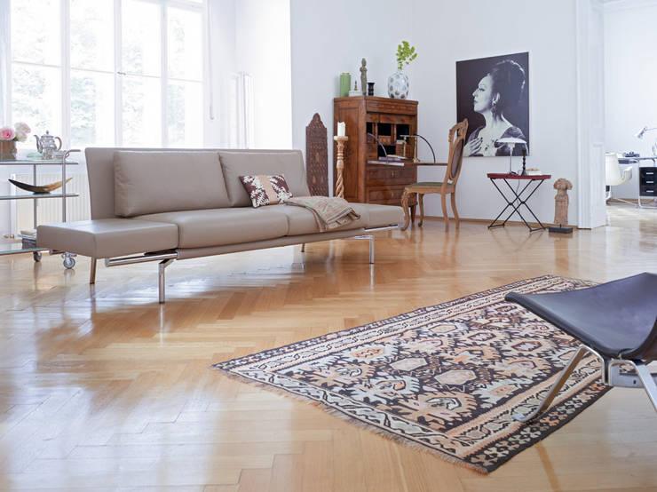 غرفة المعيشة تنفيذ Zimmermanns Kreatives Wohnen