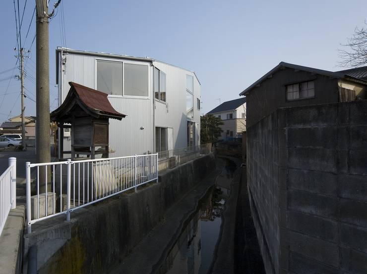 兵庫・S: 塔本研作建築設計事務所が手掛けた壁です。,