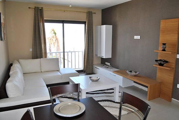 Estateinwest – Azure Villaları 3 Odalı İkiz Dubleksler:  tarz Oturma Odası
