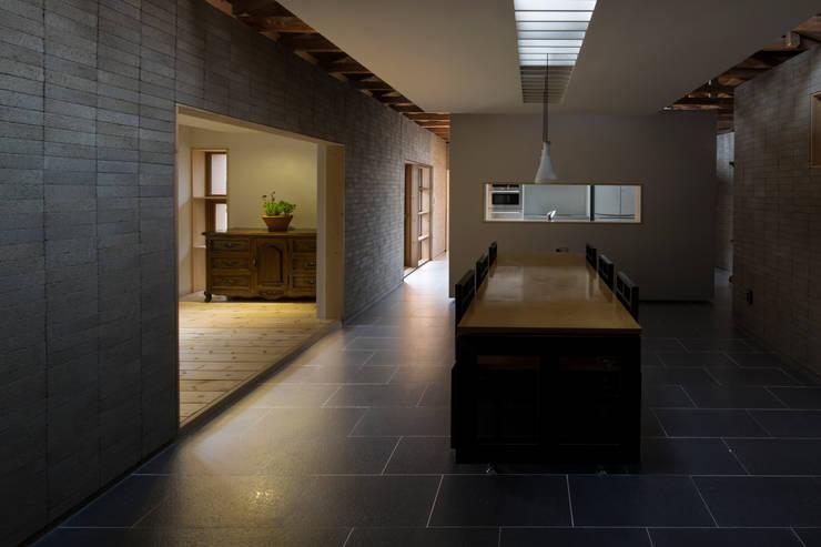 Kitchen by 무회건축연구소