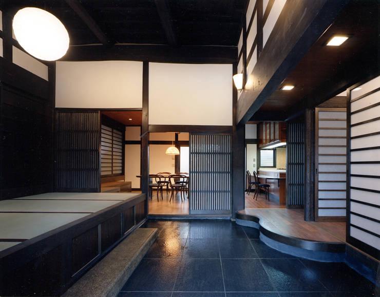 玄関2.: 小河原建築設計事務所が手掛けたです。