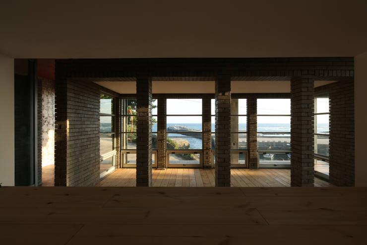 제주 집수리(JEJU JIP-SOORI): 무회건축연구소의  베란다