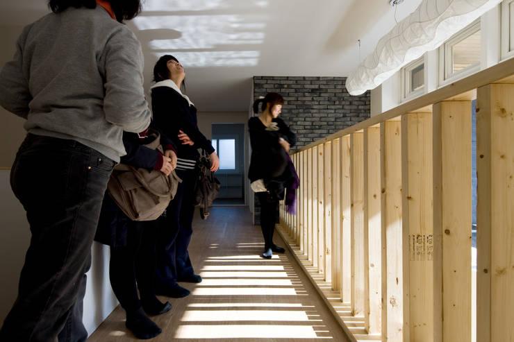Patios & Decks by 무회건축연구소
