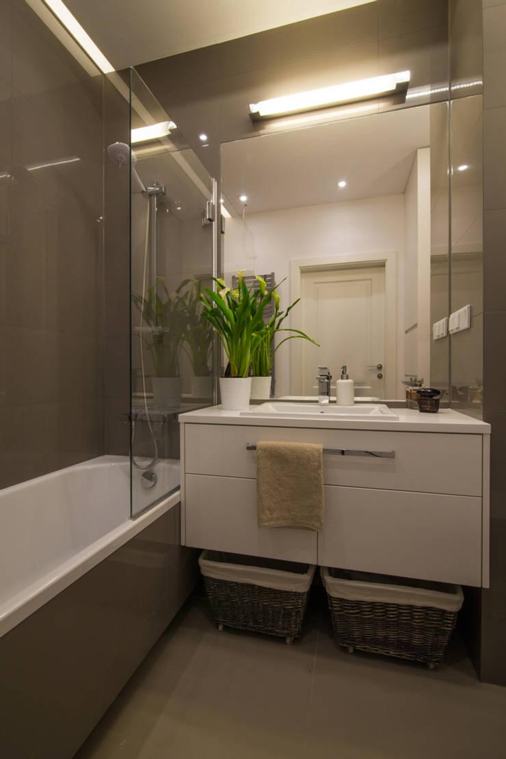 Bathroom by Art of home, Modern