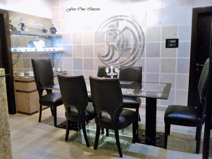 Dinning Room:  Dining room by Five One Interio