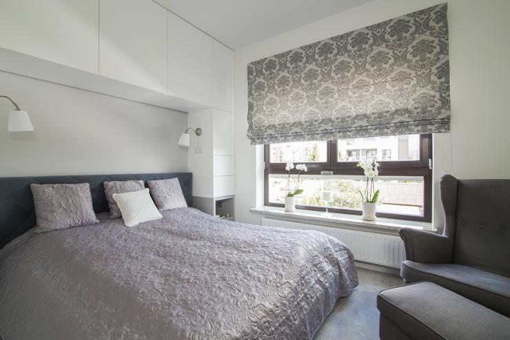 Warszawa - mieszkanie z nutką klasyki: styl , w kategorii Sypialnia zaprojektowany przez Art of home