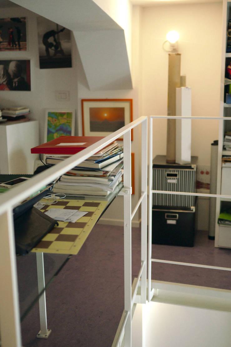 Casa CM: Studio in stile  di Nicola Sacco Architetto, Industrial
