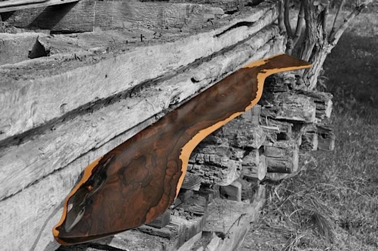 Wall Shelf:   von oldwood,