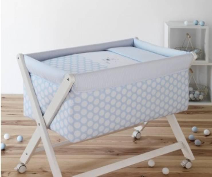 Habitación Ter Azul: Habitaciones infantiles de estilo  de DINDONBEBE