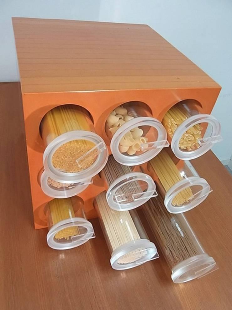 Cylindrical Drawer: H2O DESIGN ASSOCIATESが手掛けた家庭用品です。