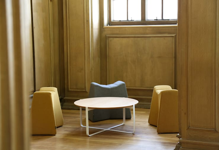 Manchester Central Library:  Multimedia room by naughtone