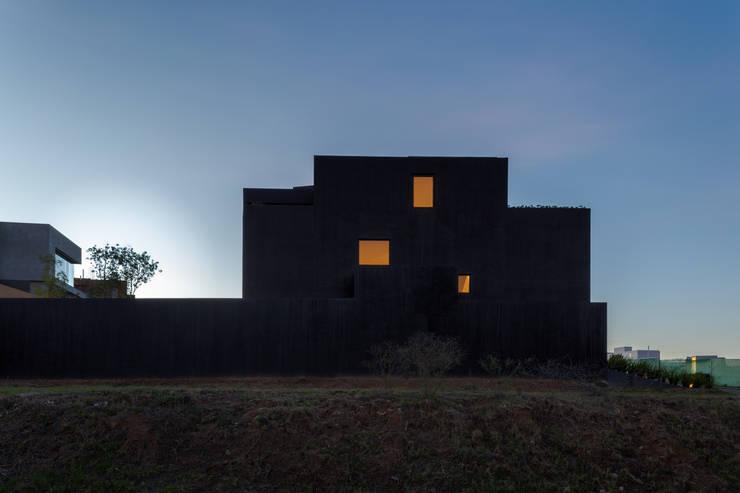 CUMBRES:  de estilo  por DCPP Arquitectos