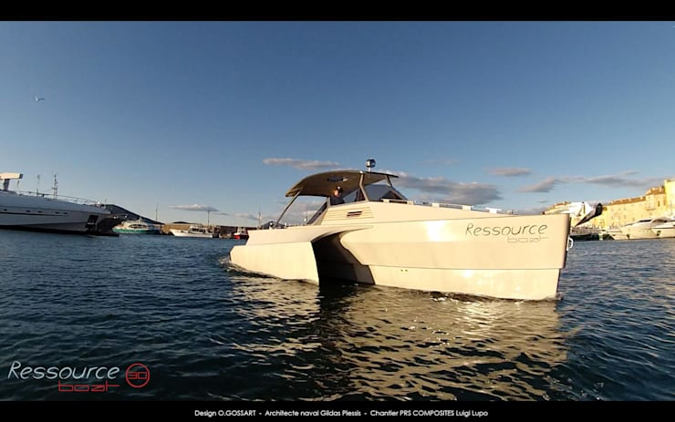 bateaux  RESSOURCE BOAT 30 & 42 : Spa de style  par Ressource Boat