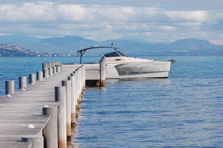 RESSOURCE BOAT 30 & 42: Spa de style  par Ressource Boat