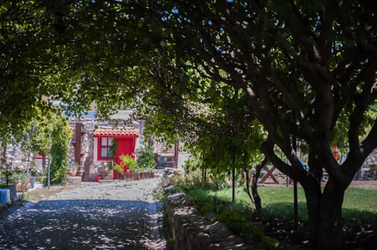ARAL TATİLÇİFTLİĞİ – Genel Görünüm:  tarz Bahçe