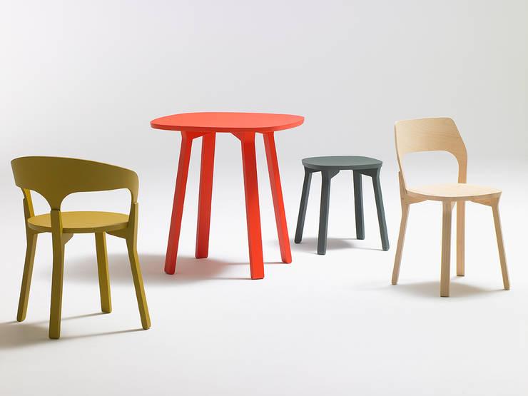 CAL – Edition SOCA: Salle à manger de style  par Jérôme Gauthier