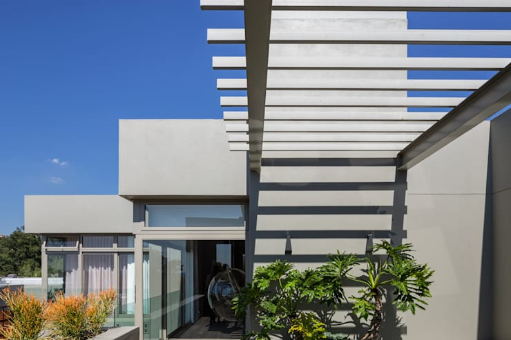 House Shoeman interior:  Terrace by C7 architects