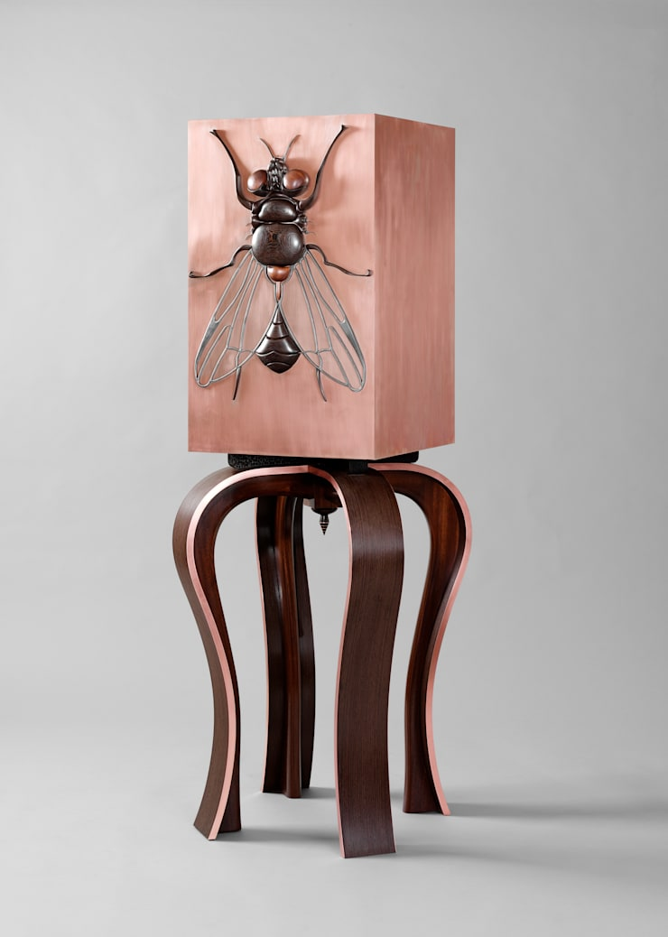 Beelzebub Cabinet by Andrea Felice:  Living room by Andrea Felice - Bespoke Furniture
