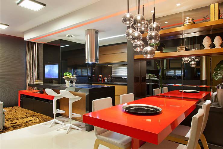 Espaço social integrado: Salas de jantar  por AL11 ARQUITETURA