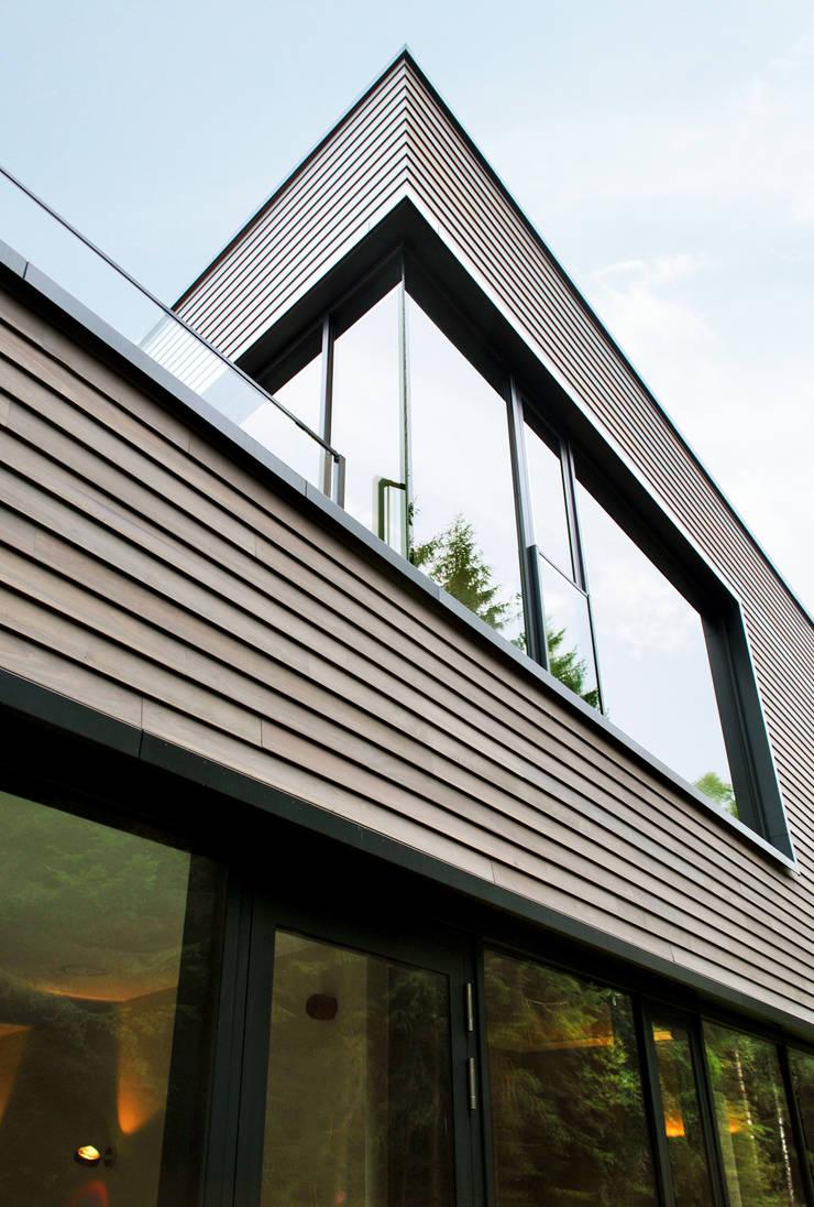 Außenfassade Schwimmhalle:  Hotels von Architekturbüro Katrin Klima,