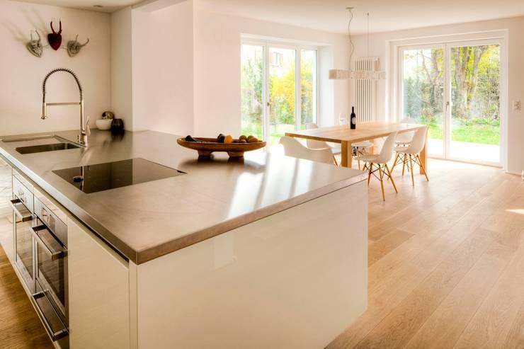Projekty,  Kuchnia zaprojektowane przez hausbuben architekten gmbh