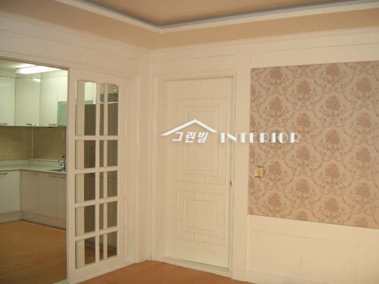 양평 전원주택 : 그린빌인테리어의  복도 & 현관